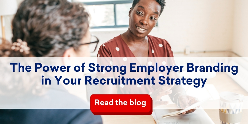 hr-colleagues-talking-employer-branding-in-recruitment-strategy